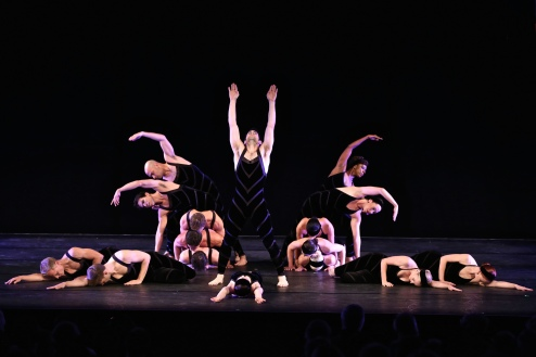 Paul Taylor Dance  Company - Photo by Daniel Roberts