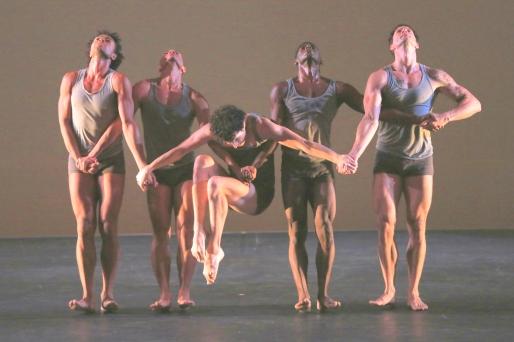 Martha-Graham-Dance-Company-1-Hudson-Valley-Dance-Festival-2015-photo-by-Daniel-Roberts